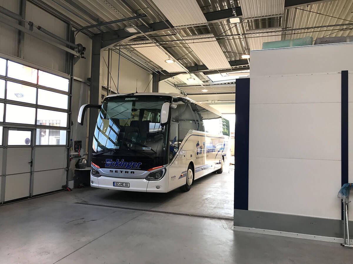 Lackreparaturen an Reisebussen - Autoservice Jan Lehmann in Leipzig